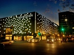 Glendale Bloomingdale's by Kevin Kennon Architects