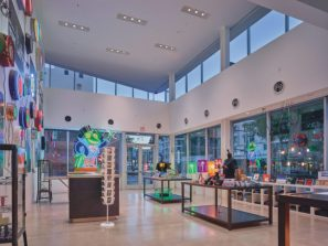 Museum of Neon Art by Shimoda Design Group (photo by Benny Chan, Fotoworks/Courtesy MONA)